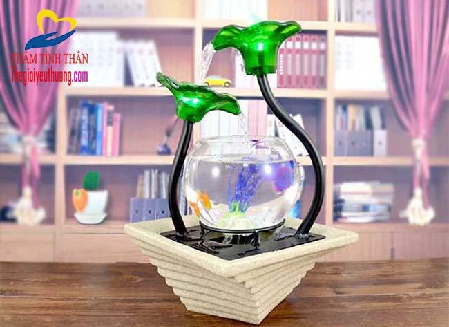 Bể cá cảnh mini trang trí bàn làm việc giúp thư giản tinh thần