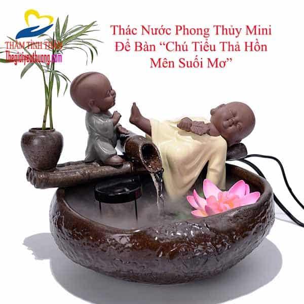 Thác Nước Phong Thủy Để Bàn Mini Chú Tiểu Bên Suối Thơ