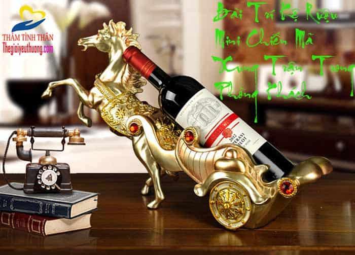 Bài trí Với Kệ để rượu vang MINI CHiến Mã