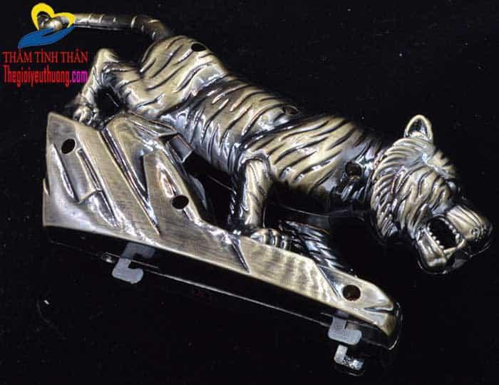 Bức tượng hổ, điểm nhấn cho sản phẩm gạt tàn tuyệt đẹp