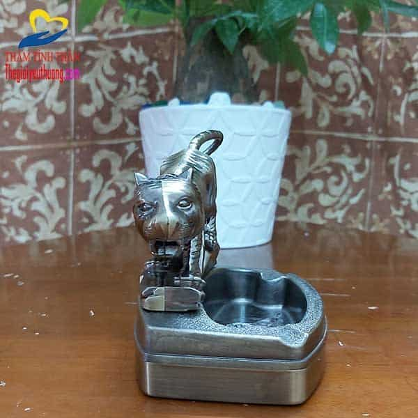 Chú hổ dũng mãnh trên Chiếc Gạt tàn mini Tuyệt đẹp