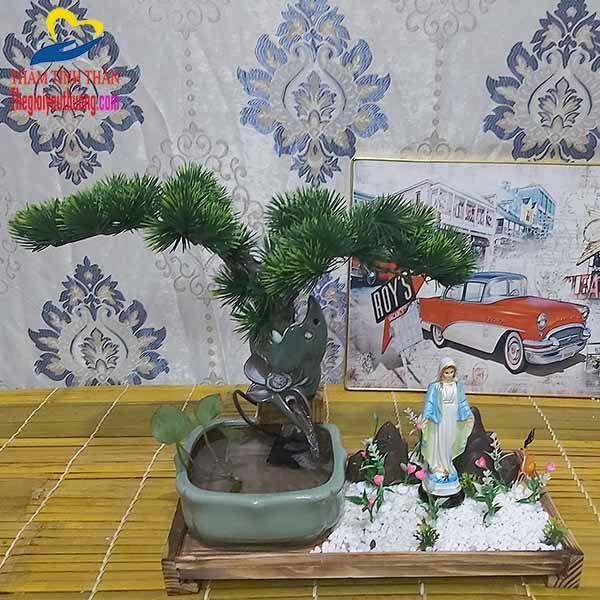 Thác Nước Mini Gốm Sư Vườn thượng Uyển và Tượng Đức Mẹ