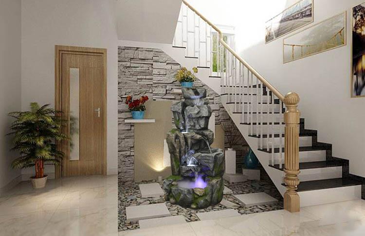 Giếng trời cầu thang quyến rũ với đài phun nước Sân vườn Cõi Thiên Thai