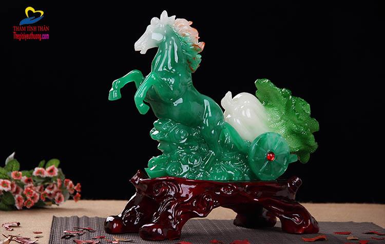 Tổng thể ngựa phong thủy xanh Ngọc
